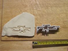 Welcome to Alchemist Visions Shop Colt with Scope and Grenade Launcher Cookie Cutter I was going to make a stock rifle but I Food Cutter, Cookie Cutters, Gun Decor, Laser Tag Party, Party Desserts, Black Ops, Alchemist, Madness, Plastic