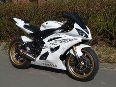 like racing bike, never want to stop riding.Yamaha like racing bike, never want to stop riding. Yamaha R6, Ducati, Yamaha Motorcycles, Futuristic Motorcycle, Motorcycle Bike, Racing Bike, Super Bikes, Course Moto, Custom Sport Bikes
