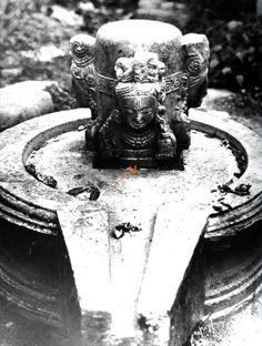 The Sound and the Light Shiva Yoga, Stolen Image, Stone Statues, Hindu Art, Buddhist Art, Indian Gods, Lord Shiva, Hinduism, Religious Art