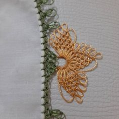 Seed Bead Tutorials, Beading Tutorials, Needle Lace, Needle And Thread, Types Of Lace, Knit Shoes, Lace Making, Knitted Shawls, Knitting Socks