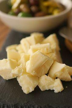 HonestlyYUM - Perfect Cheese Platter