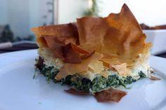 Indbagt tærte med feta og spinat