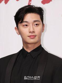 Korean Celebrities, Korean Actors, Asian Actors, Korean Perm, Park Seo Joon, Park Min Young, Carole Lombard, Kdrama Actors, Cute Wallpaper Backgrounds