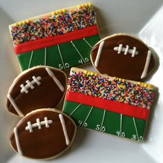 Football Cookies - would be cute for a super bowl party! - Football Cookies – would be cute for a super bowl party! Fancy Cookies, Cut Out Cookies, Iced Cookies, Cute Cookies, Royal Icing Cookies, Cupcake Cookies, Football Sugar Cookies Royal Icing, Cupcakes, Football Cookies