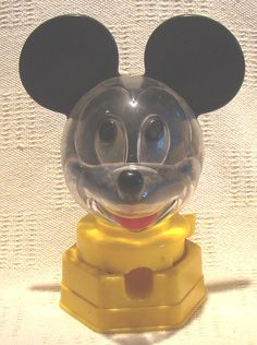 Toy Hasbro Mickey Mouse Bubble Gum Candy Coin Bank
