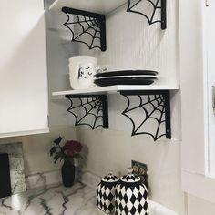 gothic home decor Goth kitchen - Dark Home Decor, Goth Home Decor, Gothic Room, Gothic House, Gothic Living Rooms, Gothic Bathroom, Horror Decor, Spooky House, Gothic Furniture