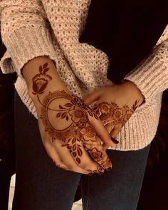 Mehndi Design By Khafif Mehndi Design, Floral Henna Designs, Mehndi Designs Book, Finger Henna Designs, Mehndi Designs 2018, Mehndi Designs For Girls, Mehndi Design Pictures, Wedding Mehndi Designs, Dulhan Mehndi Designs