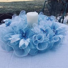 Best 12 18 Deco Mesh/Candle holder/ Wreath in Powder Blue and White Candle Centerpieces, Baby Shower Centerpieces, Christmas Centerpieces, Christmas Decorations, Christmas Candy, Candy Cane Wreath, Wreath Tutorial, Deco Mesh Wreaths, Decoration Table