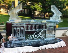 An Ice Bar from Apple Ice will be sure to make your next event memorable! IceSculptureDesigns.com 1-800-423-8646 . . . . . #icebar #appleiceinc #drinks #appleice #birthday #holidayparty #icesculpture #icecube #event #party #ice #weekend #cocktails #summer #party Ice Bars, Ice Sculptures, Cocktails, Drinks, Holiday Parties, How To Memorize Things, Apple, Make It Yourself, Table Decorations