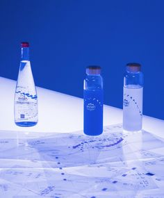 Virgil Abloh and Evian collaborate on initiative to find the next big thing in sustainable design, alongside the launch of glass refillable water bottles, that have a circular design in mind. Online Contest, Gluten Free Bakery, Virgil Abloh, The Next Big Thing, Non Alcoholic Drinks, Alcohol Free, Bottle Design, Sustainable Design, Glass Bottles