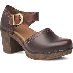 fa90c82a40b Dansko Women s Darlene Arch Support Shock Absorbing Leather Heel Shoe
