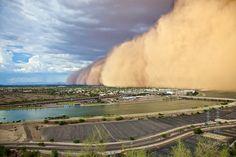 Phoenix, Arizona U.S: Frightening Sandstorms in July 2011