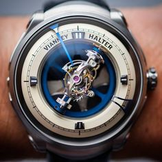 "Gefällt 6,420 Mal, 75 Kommentare - Swiss Watch GangⓂ (@swisswatchgang) auf Instagram: ""Going strong on #tourbillontuesday with this out of this world triple axis tourbillon made by the…"""