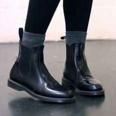 20 Amazing Chelsea Boots For Men outfits swag outfits urban outfits with boots outfits ideas outfits hipster outfits moda masculina Dr. Martins, Dr Martens Flora, Dr Martens Chelsea Boot, Amo Jeans, Mens Winter Boots, Mens Boots Fashion, Stylish Boots, Black Boots, Men Boots