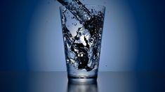 Alimentos para mejorar la #productividad: AGUA. Puede parecer una tontería, pero no estar hidratado te merma la capacidad de concentración y memoria.