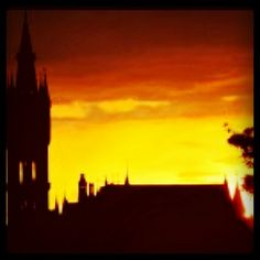 University of Glasgow at Sunset by @155albionstreet