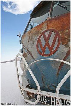 VW split window bus on the salt