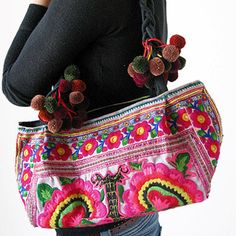 bag ethnic colors pompom