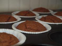 Kaikille ystäville <3 Muffinssi: 3 luomumunaa 0.75 dl kookossokeria ripaus suolaa 100 g voita 1 dl cashewmaitoa / kookosmaitoa / mantelimaitoa 1 dl mantelijauhetta 2 dl kookosjauhoja 1 tl psylli... Bakery, Muffin, Paleo, Breakfast, Sweet, Desserts, Recipes, Food, Morning Coffee