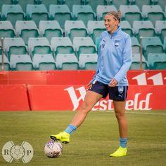 Alanna Kennedy #14, Sydney FC Sydney Fc, Matilda, Football, Running, Sports, Women, Soccer, Hs Sports, Futbol