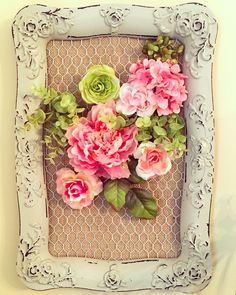 Create your own flower bouquet in this chicken wire frame