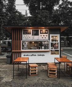 Coffee shop bar, coffee shop design и small coffee shop. Cafe Shop Design, Coffee Shop Interior Design, Small Cafe Design, Kiosk Design, Coffee Design, Design Design, Small Coffee Shop, Coffee Shop Bar, Coffee Store