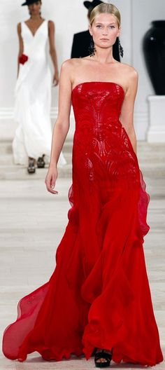 Ralph Lauren spring 2013. - Really wish I was a celebrity so I would have an excuse to wear this dress!