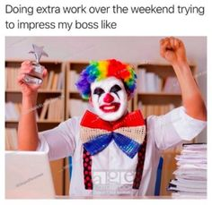 Help start the work week off right. Funny Jobs, Funny Memes, Hilarious, Single Jokes, Job Memes, Beaded Bracelets Tutorial, Cute Baby Videos, Memes Of The Day, Picture Tag
