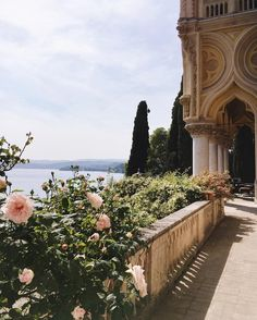 Gal Meets Glam Roses and roses on the balcony of Isola del Garda The Places Youll Go, Places To See, Character Aesthetic, Adventure Is Out There, Narnia, Land Scape, Travel Inspiration, Destinations, Beautiful Places