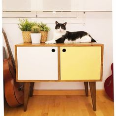 Vigo collection two tone sideboard (with 🐈) All of our furniture is handmade to order by one of our dedicated craftsmen - see our store for…