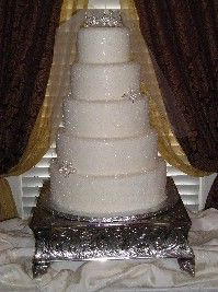 In LUST with this cake! So simple, so beautiful!!