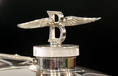 """""""Flying B"""" hood ornament on a 1949 Bentley Mark VI. Flickr Creative Commons photo.  Photograph by: Georg Schwalbach, Flickr"""