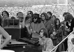 Nicky Hopkins playing at Woodstock in 1969 with Jefferson Airplane (pic credit: Jim Marshall) Woodstock Concert, Woodstock Music, Woodstock Festival, Nicky Hopkins, 1969 Music, The Beatles 1, Jim Marshall, Great Society, Jefferson Starship