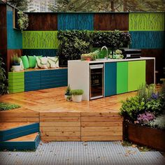 With The 2018 Melb Flower & Garden Show just around the corner - Here is a flashback to @phillip_withers award winning 2016 design.  #bbqkitchen #bbqkitchens #alfrescokitchen #alfrescokitchens #outdoorkitchen  #outdoorkitchens