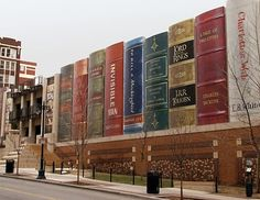 Central Library, Kansas City, MO. That's the library I go to!
