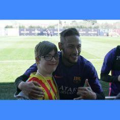 Neymar & Fan (16.03.2015) Photo by @ricardtete via instagram
