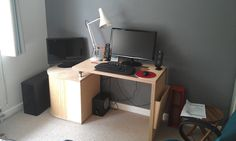 In situ with my PC and anglepoise