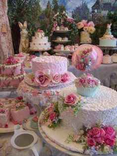 Beautifully decorated Easter tea party cakes and cupcakes. Elegant wedding cakes and cupcakes with edible sugar pink roses. Bridal / wedding shower or tea party cupcake and cake ideas. Pretty Cakes, Beautiful Cakes, Stunningly Beautiful, Amazing Cakes, Cupcakes Decorados, Chic Bridal Showers, Deco Floral, Floral Theme, Rose Cottage