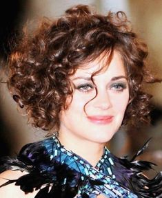 Short Bob Curly Hairstyles for Fine Hair