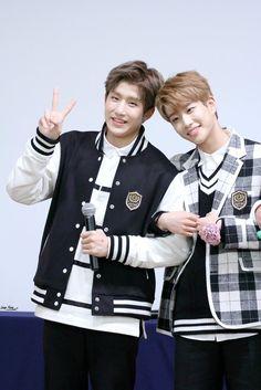 [11.11.16] Hongdae Fansign Event - JinJin e MyungJun