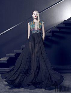 Nicolas Jebran Outono-Inverno 2014-2015 - Alta-Costura - http://pt.flip-zone.com/fashion/couture-1/independant-designers/nicolas-jebran-4846