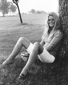 Style Muse: Brigitte Bardot Rocks Knee Socks and Penny Loafers - StyleCarrot Brigitte Bardot, Bridget Bardot, Divas, Terry O Neill, Parisienne Chic, Greta, Gucci Loafers, Marlene Dietrich, Jane Birkin