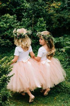 Blush Tulle Skirt, Blush Flower Girl Dresses, Tulle Flower Girl, Girls Tutu Dresses, Tulle Flowers, Wedding Dresses For Girls, Wedding Dress Colors, Wedding Flower Girls, Boho Beach Wedding Dress