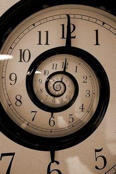La lunghezza del tempo utopico, (...) dipende dal fatto che consideriamo, nella media, troppo breve la nostra vita. Questa considerazione (...) è la causa stessa della lentezza della realizzazione dei sogni. - p. 63