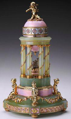 Colonnade Egg  Date1910  Presented by Nicholas II to Czarina Alexandra Fyodorovna