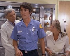 """Emergency! """"Daisy's Pick"""" Johnny Gage (Randy Mantooth), Dixie McCall (Julie London), and Joe Early (Bobby Troup)"""