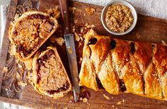 Try this sausage plait with caramelised onions recipe from Tesco Real Food. A simple twist on a traditional sausage roll using fresh thyme and rosemary. Onion Recipes, Sausage Recipes, Cooking Recipes, Cooking Ideas, Food Ideas, Cooking Ribs, Mince Recipes, Savoury Recipes, Meatloaf Recipes