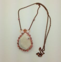 Pretty pendent made by Gaynor.