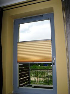 Żaluzje plisowane znajdują zastosowanie w wielu wystrojach wnętrz. Ponadto, to rozwiązanie, które można idealnie dopasować do nietypowego profilu okna.