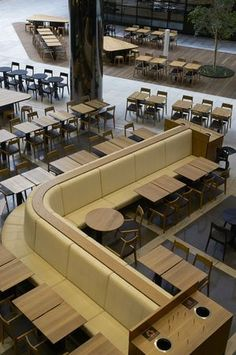 Herman Miller Aeron Chair Size B Restaurant Layout, Restaurant Concept, Cafe Restaurant, Restaurant Design, Food Court Design, Banquet Seating, Fire Pit Table And Chairs, Office Furniture Design, Lunch Room